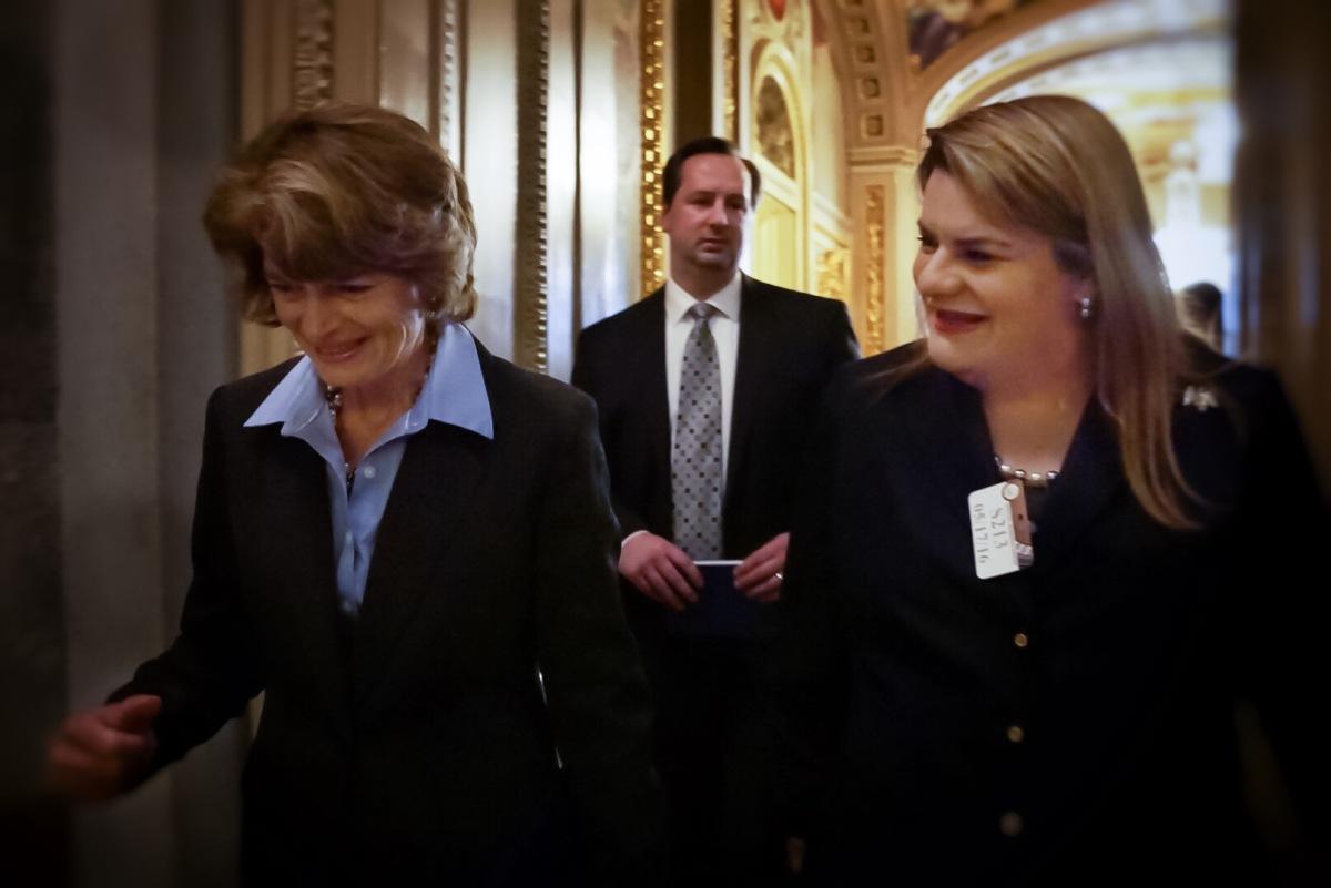 Presenta Jenniffer medidas de desarrollo económico en el SenadoFederal